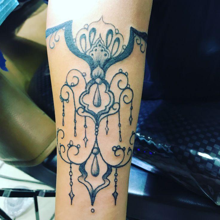 Best 25 Under Arm Tattoos Ideas On Pinterest: Best 25+ Chandelier Tattoo Ideas On Pinterest