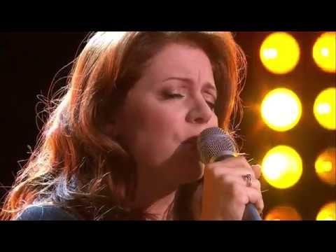 """Isabelle BOULAY interprète """"Le garçon triste"""" - Thé ou Café - 11/06/2017"""