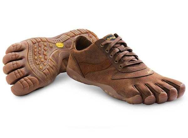 Would love to have a pair of these: Vibram Five Fingers, Fashion Places, Fivef Shoewar, Casual Shoes, Fivef Trek, Trek Ls, Fivefingers Trek, Fivef Men, Toe Shoes