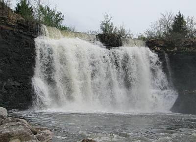 Elsmore, Kansas - Bourbon Lake Falls. I'm pretty sure I ...