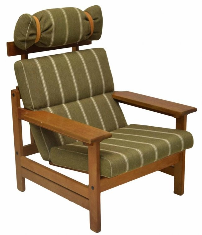Danish modern oak framed chair, design by Aksel Dahl for K.P. Mobler, Denmark, two cushions with ...
