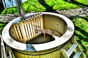 Wood Hot Tubs With Liner