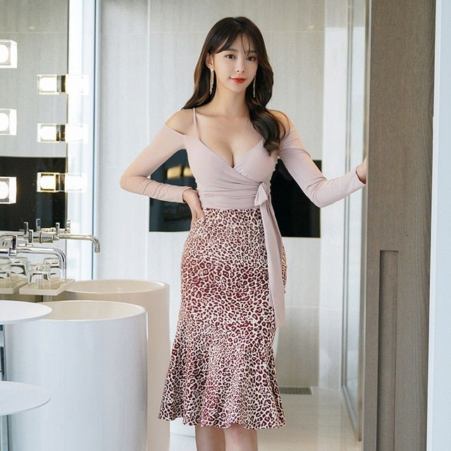0d25733ab6279 Women Sexy Two Piece Sets Spaghetti Strap V Neck Tops Leopard ...