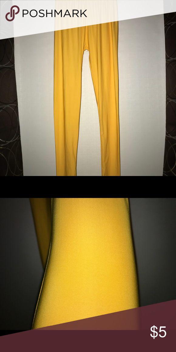 Yellow Leggings 92% Polyester  8% Spandex  Smoke free home  never been worn Pants Leggings