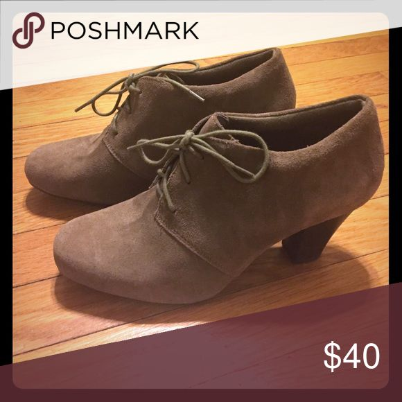 Clarks brand ladies shoes Heeled ankle shoe Clarks Shoes Heeled Boots