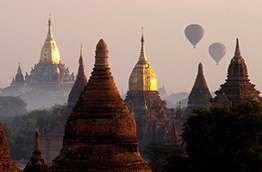 To do in 2013 - Balloon ride over Bagan in Burma/Myanmar