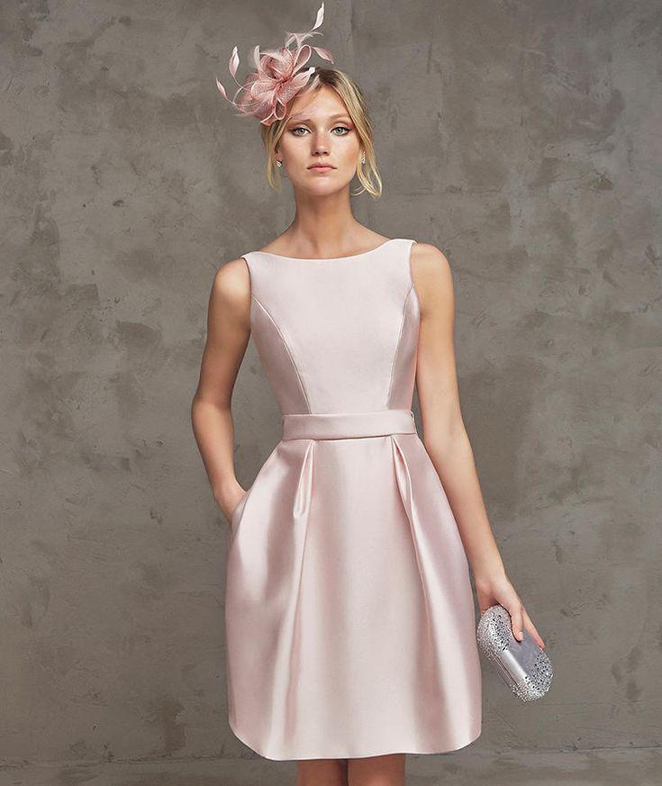 Algumas madrinhas me escrevem com dúvidas em relação a usar vestidos curtos e hoje vou tirar algumas dúvidas e mostrar algumas inspirações p...
