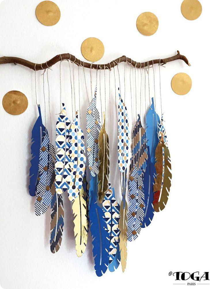 Habillez vos murs avec cette jolie branche de plumes réalisée avec du papier recyclé imprimé Or de Bombay !