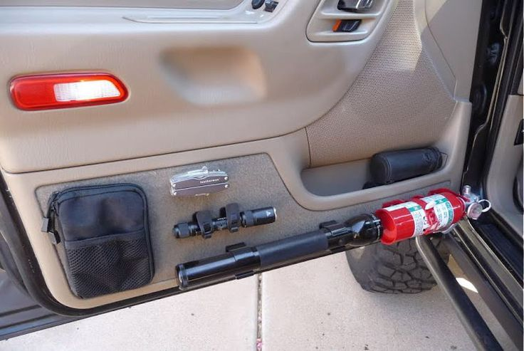 Organized and quickly obtainable tools in the car/truck.