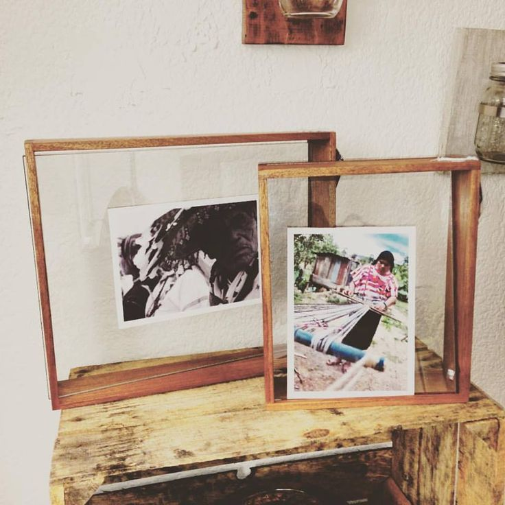Portaretrato hecho a mano con madera reutilizada Handmade picture frame with reused wood