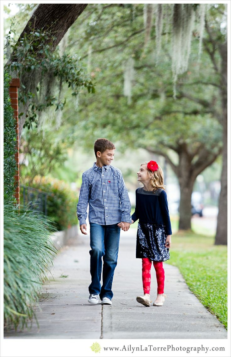 63 best What to wear~ Family Portrait Ideas images on Pinterest ...