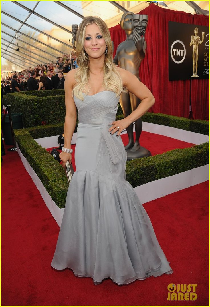 kaley cuoco ryan sweeting sag awards 2014 red carpet 07 Kaley Cuoco and her husband Ryan Sweeting walk the red carpet at the 2014 Screen Actors Guild Awards held at the Shrine Auditorium on Saturday (January 18) in Los…