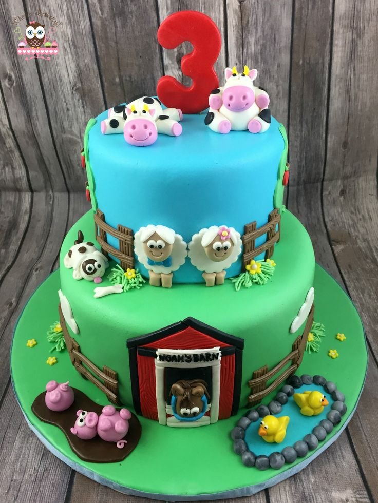 Barnyard cake, cow cake, sheep cake, pig cake, duck cake, farm cake, old mcdonald cake