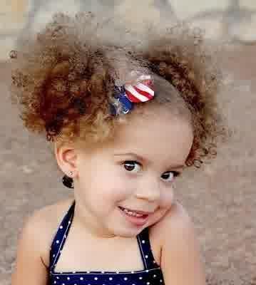 33 Trendy Curly Dětské Účesy pro dívky: Kudrnaté Kids účesy 2014