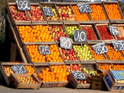 Good Food on a Tight Budget- best nutrition packed foods at a good price.