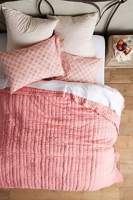 Best 20 Coral Bedding Ideas On Pinterest Coral Bedroom