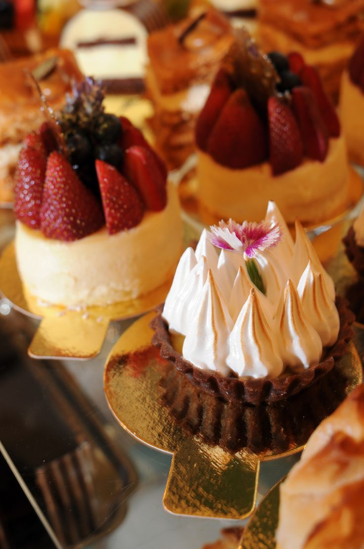 Postres - Desserts at Alvear Palace in Buenas Aries. Contact #luxetravel about exclusive access here.