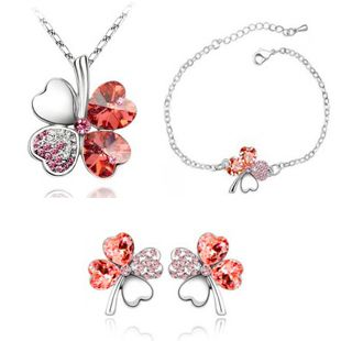High Quality Trendy Silver Plated Crystal Heart Four Leaf Clover Necklace Stud Earrings/Bracelet European Jewelry Sets For Women