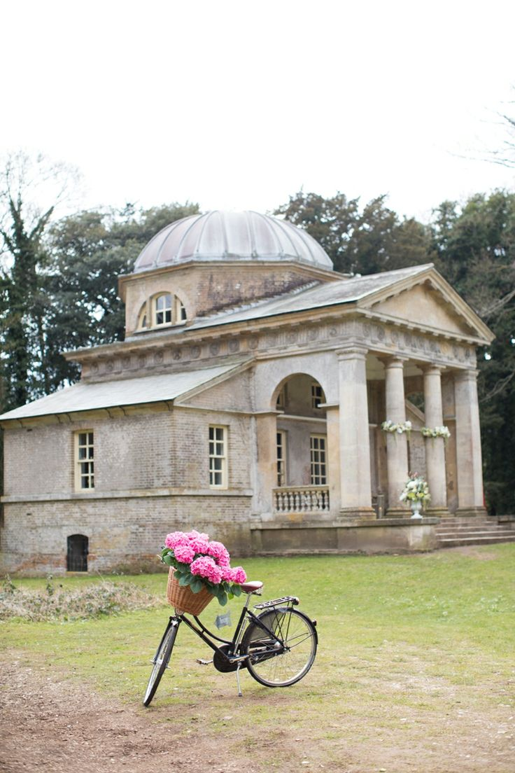 Holkham Hall A Stately Home On The North Norfolk Coast Is One Of Most Beautiful Wedding Venues In Country Offering Ceremonies And