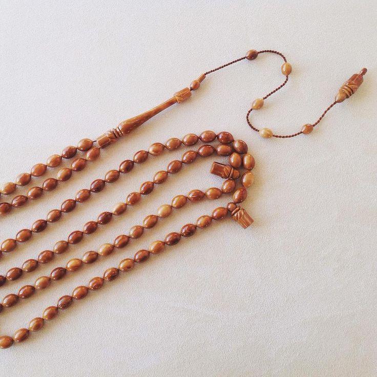 Hasan Güler - Kuka #rosary #divine #pray #beads #instajewelry #prayerbeads #jewelry #handmade #dhikr #gems #amber #ivory #bernstein #horn #jet #tortoiseshell #tesbih #tespih #zikir #namaz #dua #islamicart #hasanguler