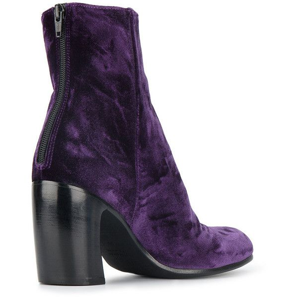 Ann Demeulemeester Purple Velvet Lavato Prugna 90 ankle boots ($297) ❤ liked on Polyvore featuring shoes, boots, ankle booties, purple ankle boots, velvet boots, bootie boots, short boots and ankle boots