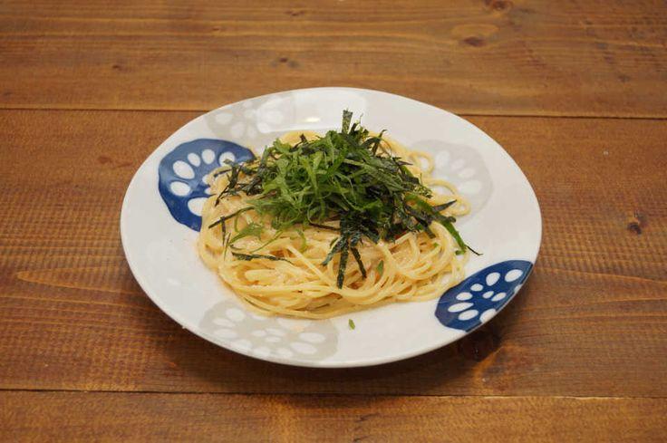 和風パスタの王道といえば、たらこスパゲティ!作り方の基本をおさらいして、クリーミィなたらこソースをお楽しみください。お酒で洗うことで、たらこの臭みも全く気になりません。飲んだ〆にもピッタリなので、ぜひ試してみてはいかがですか?