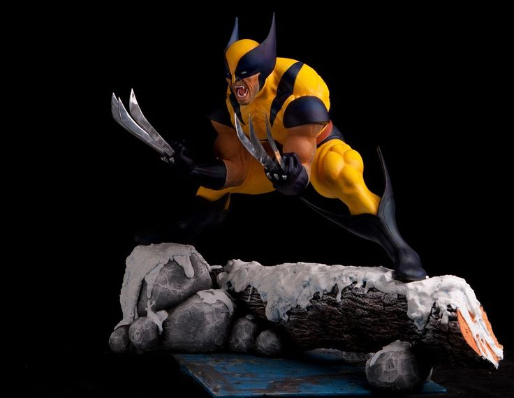 Wolverine Custom Statue 1/4 scale. Premium Format, no Sideshow. View from front/side