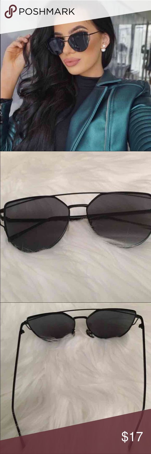 New Black Retro Chic Sunglasses Women Brand New Retro Style Chic Sunglasses   -Black  -One Size -Does not include pouch/case *This is for the black pair only :)   ✔️Firm Price ✔️Ships 1-2 days (except weekends) Accessories Sunglasses