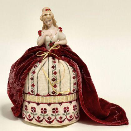 Simona - 2013 New Year Pincushion Doll From Giulia Punti Antichi - Cross Stitch Charts - Embroidery - Casa Cenina