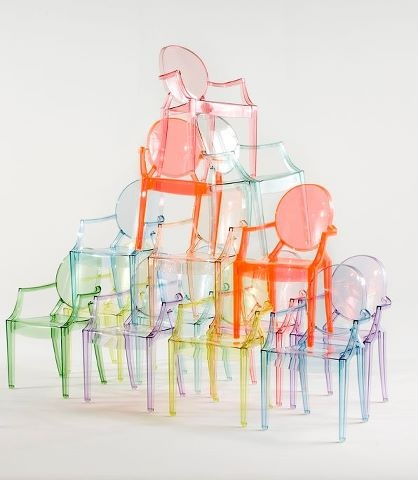 "‎'Lou Lou Ghost' by Kartell.  Following the runaway success of Louis Ghost, we've created a ""baby"" version of the famous Starck chair.Made just for children, this chair is available in a rainbow of fun and delightful colours. @ gibt es bei 4D OUTFITTERS in Bregenz, www.4Dbregenz.at"