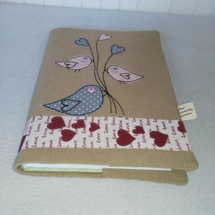 textilní obal na knihu s aplikací