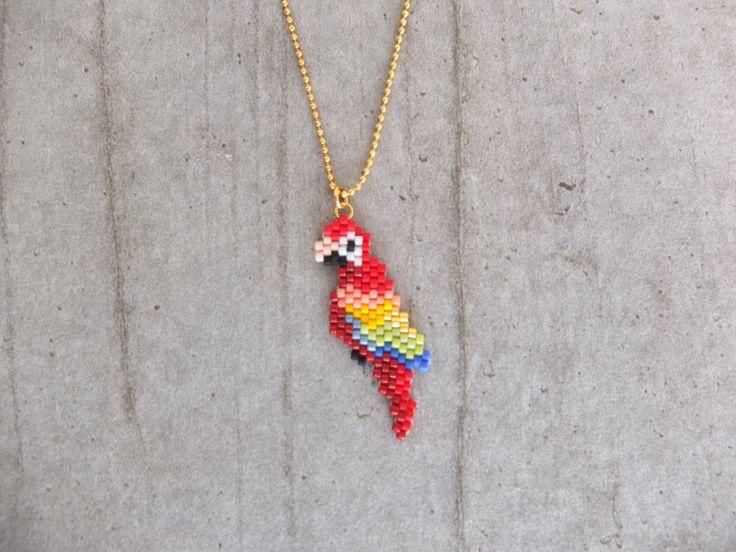 Collier perroquet en perles japonaises Miyuki : Collier par my-french-touch