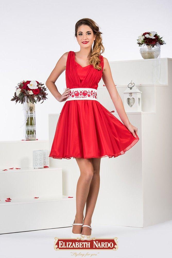 373e8e1936 19-102 Piros húzott ruha, levehető krém kalocsai mintás övvel, vállas ,  muszlin anyagból