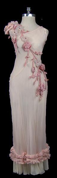 1930s dress: Evening Dresses, Pink Dresses, Dresses 1930S, Vintage Fashion, Chiffon Gown, 1930S Dresses, Chiffon Dresses, Pink Gowns, Vintage Clothing