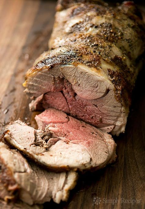 Roast Leg of Lamb ~ Classic roast leg of lamb recipe. Leg of lamb ...