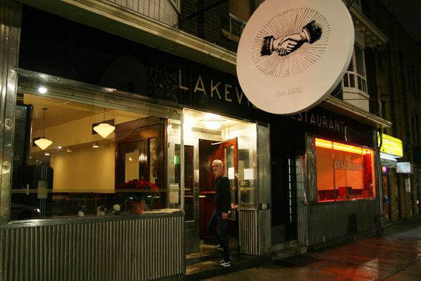 The lakeview- old school diner in toronto