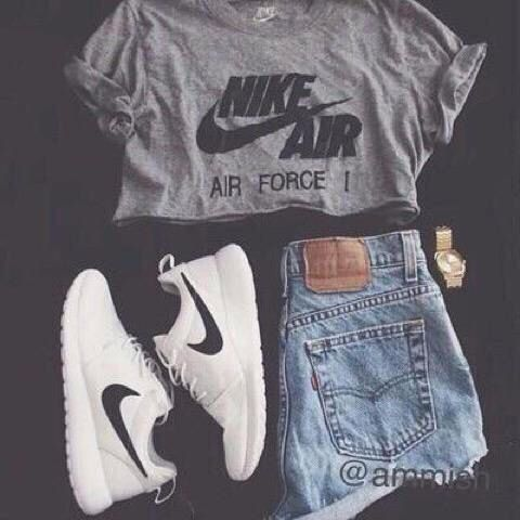 High waisted shorts. Roshes. Nike crop top. Slay lol my kinda outfit
