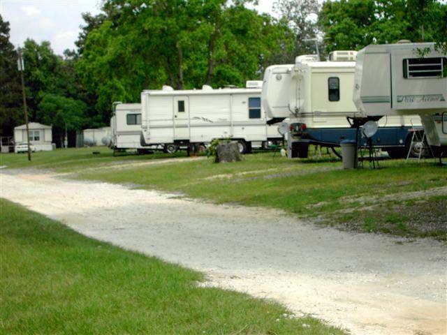 Magnolia Lake RV Park At Goodrich Texas