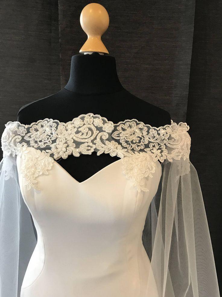 Elfenbein schwarz oder weiß Perlen Spitze und Tüll aus der Schulter Hochzeit Umhang …   – Wedding Ideas <3