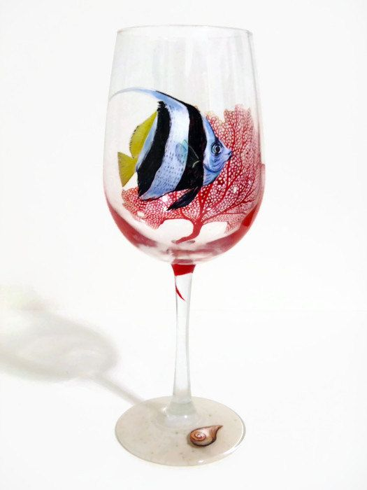 Wine glass shaped fish tank products are most popular in North America, South America, and Western Europe. You can ensure product safety by selecting from certified suppliers, including 12 with Other, 8 with ISO, and 3 with OHSAS certification.