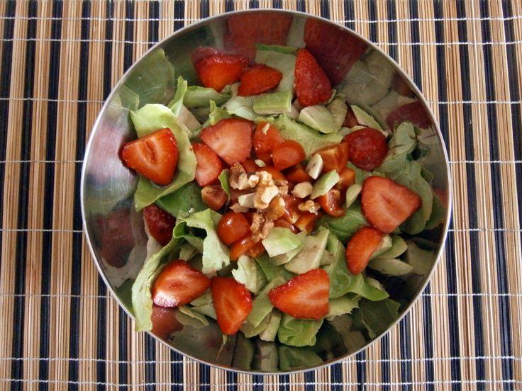 Insalata con avocado e fragole - Salad with avocado and strawberry http://arrangerchef.com/?page_id=388