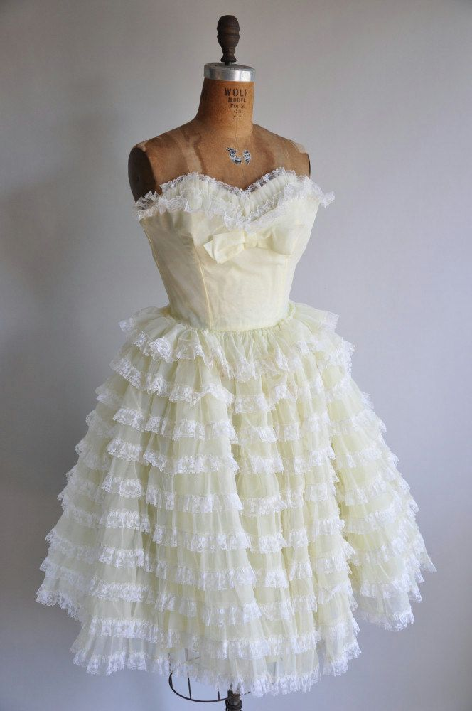 Sweet!: Vintage Diamonds Th, Vintage 1950S, 1950 S Style, Vintage Dresses, Vintage 1950 S, Prom Dresses, The Dresses, 1950S Buttercup, Vintage Style