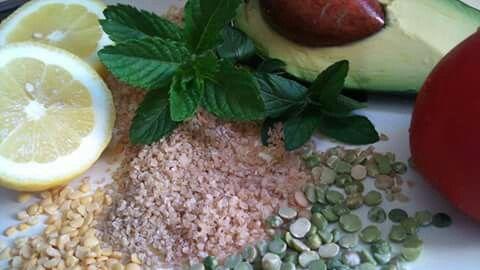 Ready for a salat? Bulgur (barboiled broken wheat) &avocado
