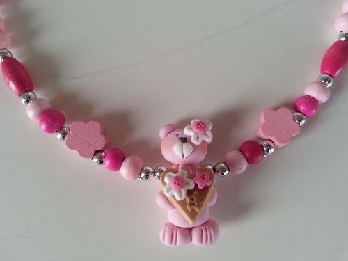 Here is a lovely  necklace to offer to a child for Valentine, for his anniversary or for a big sister..  Made with cute bear in fimo paste and  little wooden beads.  Lenght : 14 inches  It's for 3 yea