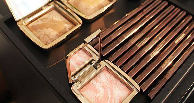 Hourglass Cosmetics: make up Autunno Inverno 2015 2016 - http://www.beautydea.it/hourglass-cosmetics-makeup-autunno-inverno-2015-2016/ - Matite per sopracciglia, bronzer luminosi e blush: scopri il meglio di Hourlgass per l'autunno inverno 2015!