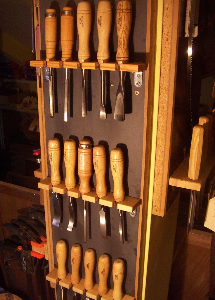 El rincón de un aprendiz: Soporte de madera para gubias y otras herramientas