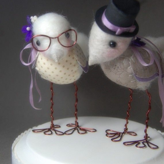 The cake topper Laurie likes...
