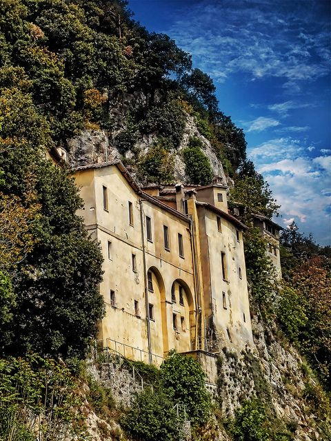 St. Francis created the 1st Living Nativity here. Franciscan sanctuary and Convent of Greccio - Rieti, Lazio, Italyn #camminifede