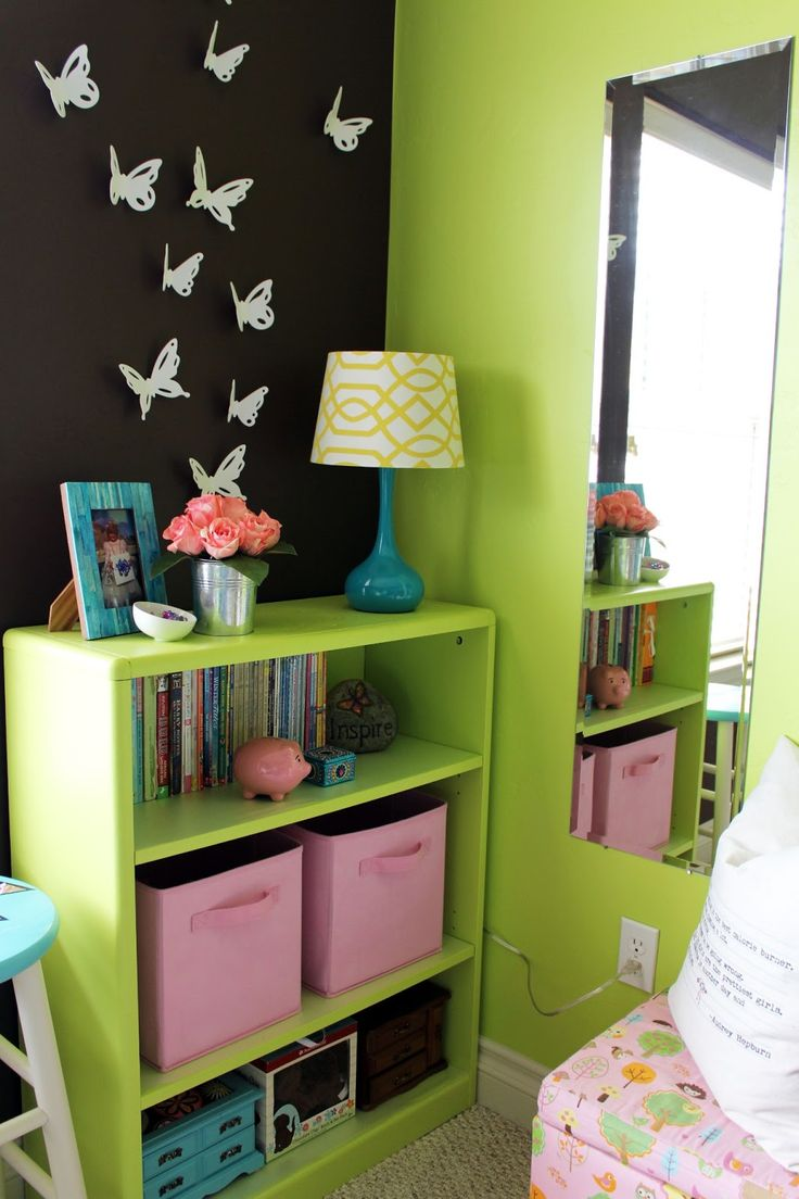 Kid Bedroom Paint Ideas: PAINT THE BOOKSHELVES THE SAME COLOR AS THE WALL