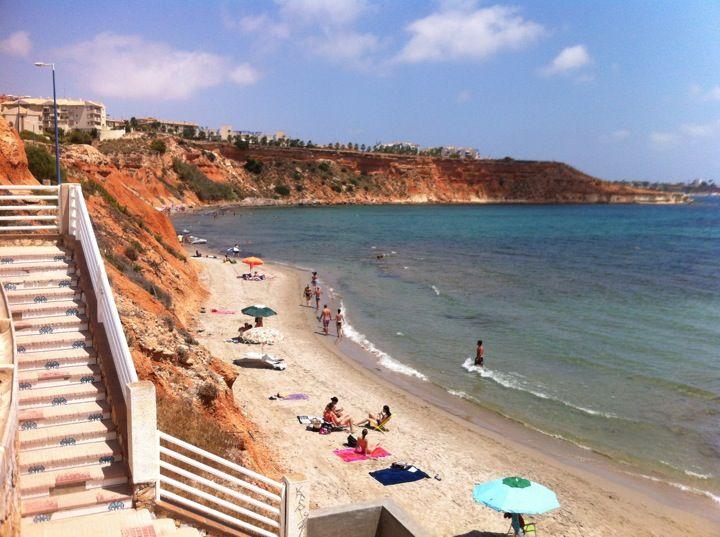 Playa de Aguamarina en Dehesa de Campoamor, Valencia